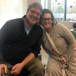 Jennifer Gray and Matthew Sanford smile at the camera.