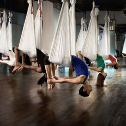 aerial-yoga-102721005